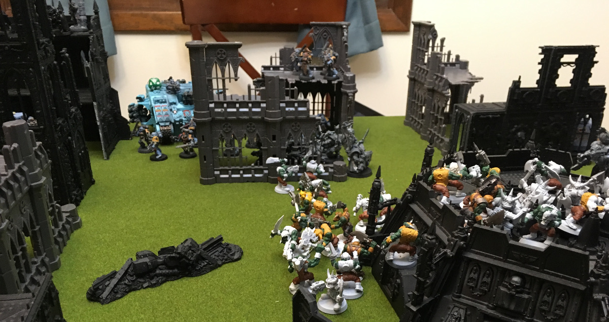 http://www.aurumvorax.com/files/batreps/2000-wolves-vs-allied-tau-orks-20171021/0506-21-20-34-end.jpg