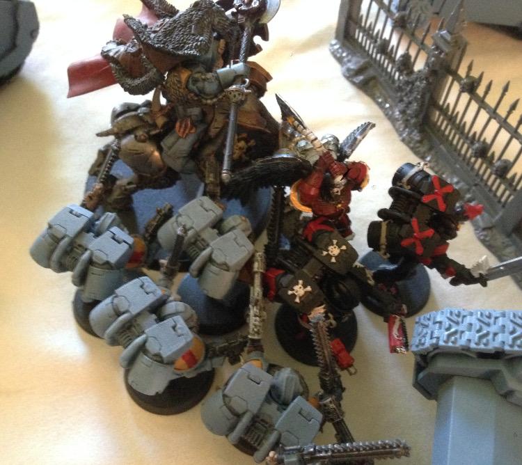 http://www.aurumvorax.com/files/batreps/20150822-SW-vs-BA-T/3076-22-12-00-turn-2-warlord-combat.jpg