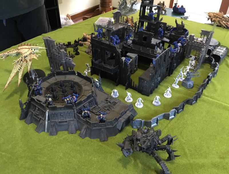 http://www.aurumvorax.com/files/batreps/2500pts-wolves-vs-night-lords-20180929/1019-30-11-21-deployment-chaos.jpg