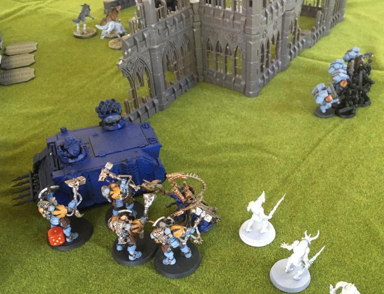 http://www.aurumvorax.com/files/batreps/750pts-wolves-vs-night-lords-20180929/1010-30-11-21-w3-wulfen-combat.jpg