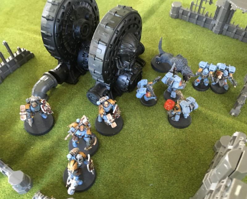 http://www.aurumvorax.com/files/batreps/750pts-wolves-vs-night-lords-20180929/1016-30-11-21-w4-combat.jpg